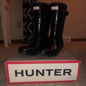 Glossy Black Short Hunter Boots
